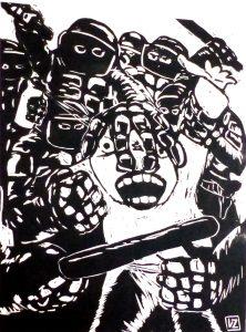 Gravure sur bois de Merisier, personne entouré de CRS le maltraitant
