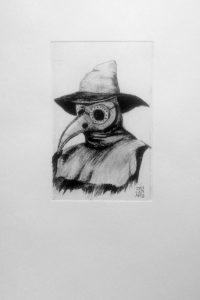 Gravure sur zinc pointe sèche. Reproduction du docteur plague, docteur de la peste XIV siècle. Son masque long de 16 cm renfermé des plantes médicinales.